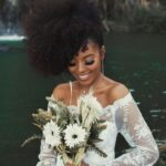 10 Elegant and Fun Natural Hairstyles For Brides